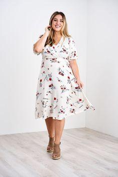 Latched Mama Nursing Midi Wrap Dress Nursing Clothes, Nursing Tops, Nursing Dress, Curvy Outfits, Mom Outfits, Teacher Outfits, Swing Dress, Fit And Flare, Plus Size Fashion