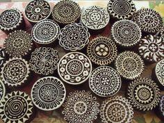 slovenska modrotlac – Vyhľadávanie Google Form Design, Diy Projects Handmade, Homemade Stamps, Eraser Stamp, Woodland Decor, Ceramic Techniques, Wood Stamp, Stencil Diy, Stencils