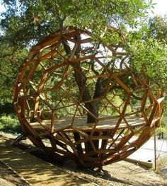 geo treehouse, 02 treehouse, unique treehouse, treehouses, best treehouses, 02 treehouse design, treehouses for adults