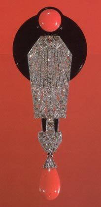 Art Deco Brooch/Pendant in Onyx, Coral, Diamonds and 18K White Gold, Quite an Eye Catcher.