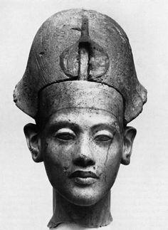 Statue of Akhenatron , Probability from Fayoum