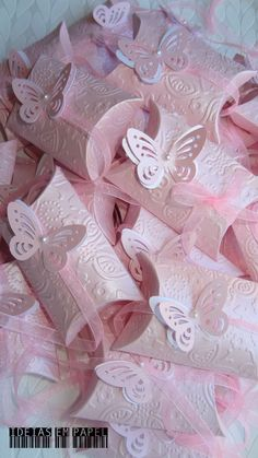 Butterfly Birthday Party, Butterfly Baby Shower, Butterfly Wedding, 1st Birthday Girls, Butterfly Invitations, Quince Invitations, Diy And Crafts, Crafts For Kids, Paper Crafts
