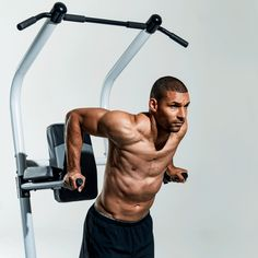 Here are the best chest exercises for building a broad chest and becoming a multi-plate bench press guy, according to personal trainers. Best Chest Workout, Chest Workouts, Biceps And Triceps, Triceps Workout, Spin Bike Workouts, Gym Workouts, Cycling Workout, Cycling Tips, Road Cycling