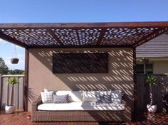 Outdoor pergola with laser cut feature roof panels by Entanglements. Introduces a Moorish, Moroccan design to the outdoor living space. Vinyl Pergola, White Pergola, Corner Pergola, Pergola Canopy, Pergola Swing, Cheap Pergola, Wooden Pergola, Backyard Pergola, Pergola Shade