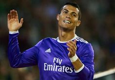 Mendieta: Ronaldo Tak Bisa Lagi Kalahkan Lima Lawan dan Cetak Gol