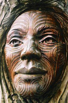 Maori wood carving of a face Nz Art, Art Premier, Maori Art, Tree Carving, Wooden Art, Wood Sculpture, Tribal Art, Tree Art, Portrait