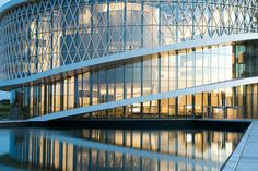 Barco Campus One HQ - Jaspers-Eyers Architects - Photography by Yvan Glavie