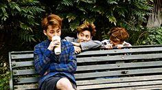 Suho and Jongin trolling Xiumin Exo Ot12, Exo Xiumin, Kaisoo, Exo K, 2ne1, Got7, Culture Pop, Xiuchen, Big Bang