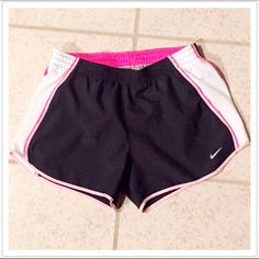 """🆕 Nike Fit Dry running shorts NWOT- washed once but never worn. Size small. Built in undergarment. 100% poly. Measures approx 4"""" inseam, 9"""" rise, 27"""" elastic drawstring waist. 🔴Bundle to save! Please check out my other Nike listings. 🔴NO TRADES, no modeling. Price FIRM unless bundled. Nike Shorts"""