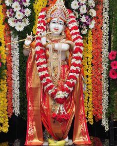 हरे कृष्ण हरे कृष्ण कृष्ण कृष्ण हरे हरे,⠀⠀⠀⠀⠀⠀⠀⠀⠀ हरे राम हरे राम राम राम हरे हरे 🙏 #bankebihari #mathuravrindavan #barsana #nandgaon #premmandir #narayan #hari #venkatesh #lord #vishnu #tirupati #Radhastami #spirituality #bhakti #vrindavan #shreekrishna #harekrishna #jagannath #dwarkadhish #bankebihari #BhaktiSarovar Jai Shree Krishna, Hare Krishna, Shiva, Lord, Lord Shiva