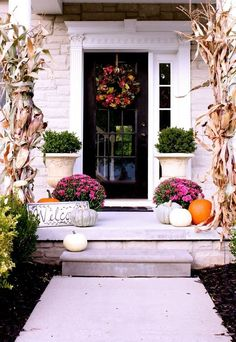 60 Amazing Autumn Porch Décor Ideas : 60 Pretty Autumn Porch Décor Ideas With White Wooden Wall Door Window Plant Pot Pumpkin Ornament