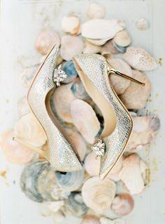 Jimmy Choo wedding shoes   Branco Prata #zapatos #novias #weddingshoes