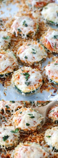 This delicious Zucchini Parmesan from Food Lovin Family is the perfect way to use up your end of the summer zucchini! Zuchinni Recipes, Vegetable Recipes, Vegetarian Recipes, Healthy Recipes, Healthy Foods, Healthy Side Dishes, Side Dish Recipes, Zucchini Parmesan, Easy To Make Dinners