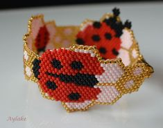 "Bracelet ""Ladybirds and berry blossoms"" with pattern #aylake #bracelet #peyote #ladybirds #berryblossom"