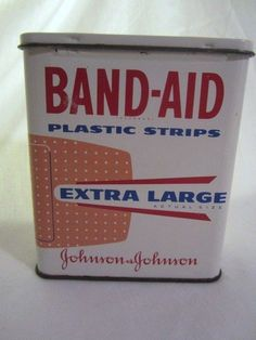 1960s BAND-AID Extra Large Plastic Strips Bandages Advertising Tin #Bandaidscollectors #vintagetins #vintagebandaids