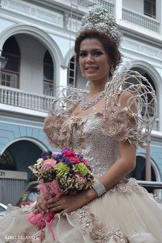 1st Iloilo City Santacruzan Iloilo City, Filipiniana Dress, Dress Neck Designs, Pageant Gowns, Gorgeous Wedding Dress, Celebs, Celebrities, Star Fashion, Nice Dresses