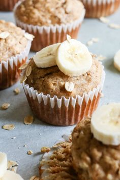 RecipeGirl Quick and Easy Banana Oat Muffins - Recipe Girl Banana Bran Muffins, Healthy Banana Muffins, Banana Chocolate Chip Muffins, Banana Oats, Breakfast Muffins, Breakfast Recipes, Oat Pancakes, Protein Muffins, Oatmeal Muffins