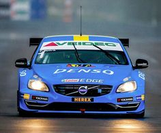 Thed Bjork at the wheel of the S60 during the 2014 STCC season. Photo from Bilsport