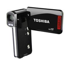"""Mit dem Camcorder Camileo P100 von Toshiba ist High Definition endlich für alle zu haben. Der Camcorder filmt in Full HD 1080p, dank des 8 Megapixel CMOS-Sensors.  Der Camileo P100 besitzt einen 7,6 cm (3"""") Touchscreen und ist ein sehr handliches Gerät."""
