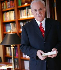 John MacArthur - Great teacher of God's word He baptised me at Grace Community Church in 1981.... Wow pinner really ...what a perfect honor :) I wish :) to visit Grace church is on the top of my list just to hear him preach gives me chills :) Godbless