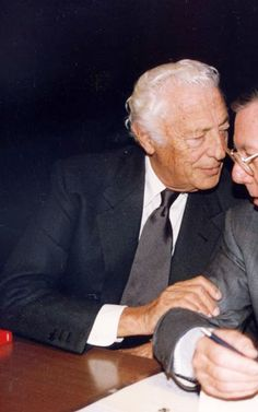Gianni Agnelli's 10 Best Style Moves