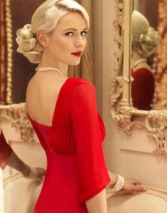 Beautiful selection of top quality Mother of the Bride Outfits from world's leading designers and Occasion Wear suitable for any special occasion. Irish Fashion, Beach Dresses, Bride Dresses, Party Dresses, Occasion Wear, Vanity Fair, Mother Of The Bride, Lady In Red, Plus Size Fashion