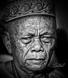 #face 16 in Faces of Old #People in Black and White #Photography
