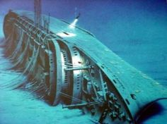 The Andrea Doria shipwreck site is known as the Mt. Everest of Scuba Diving. Underwater Shipwreck, Underwater World, Abandoned Ships, Abandoned Places, Abandoned Castles, Abandoned Mansions, Andrea Doria, Top Photos, Ghost Ship