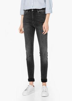 Soho high-waist jeans | MANGO