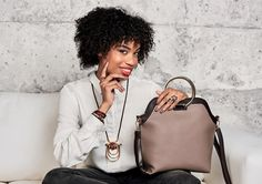 If you're going to keep the world in your bag, better make it a stunner! Here's the first half our Ultimate range of handbags. We especially covet these as they are the essential day to nighters.           (View this post on our website: https://www.teamfivaz.co.za/project/stunning-handbags/)   (( JOIN HONEY FASHION ACCESSORIES AND EARN WHAT YOU DESERVE ♥ We are looking to recruit women & men of substance!  Establish your network
