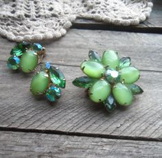 Spring Green Weiss Demi Parure  Weiss Earring by bettyrayvintage