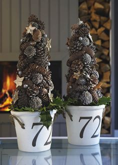 simple, beautiful holiday decor.... Riviera Maison