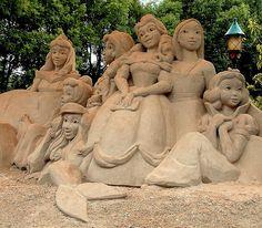 Disney Princess (Sand sculpture)