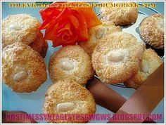 ΚΑΡΥΔΕΣ!!! Greek Sweets, Greek Desserts, Cookie Dough Pie, Bagel, Truffles, Doughnut, Sweet Recipes, Cookie Recipes, Biscuits