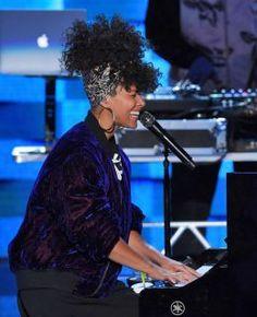 Alicia Keys voltará ao Rock In Rio. Def Leppard toca no dia do Aerosmith #AliciaKeys, #Festival, #Frejat, #JotaQuest, #M, #Mundo, #Nacional, #Noticias, #Pop, #Programa, #Rock, #RockInRio http://popzone.tv/2017/03/alicia-keys-voltara-ao-rock-in-rio-def-leppard-toca-no-dia-do-aerosmith.html