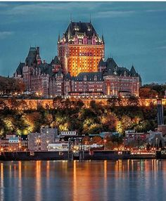 Quebec City is a truly unique French Canadian city. We suggest the best 4 places to visit first and give you a taste of Quebec with 15 curated pictures Places Around The World, The Places Youll Go, Travel Around The World, Places To Visit, Quebec Montreal, Quebec City, Chateau Frontenac Quebec, Canada Winter, Places To Travel