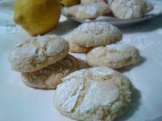 Biscotti al limone Clicca qui per la ricetta: http://blog.giallozafferano.it/chiodidigarofano/biscotti-al-limone