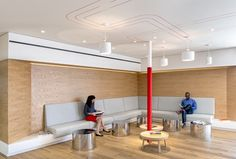 Toda sede de empresa reflete e também é a expressão da marca, pois é aproveitando desse bom ambiente inspiradores que se nascem bons trabalhos. A BEATS by