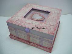 caja de madera con gesso