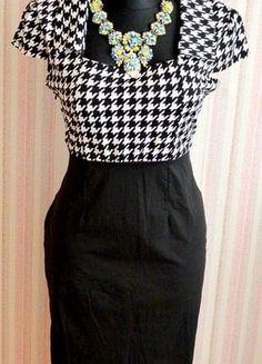 Įsigyk mano drabužį #Vinted http://www.vinted.lt/moteriski-drabuziai/klasikines-sukneles/17906734-stilinga-elegantiska-chanel-juoda-balta-suknele