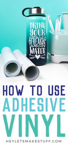 cricut vinyl projects Here are step by step instructions to use adhesive vinyl to make a water bottle decal! Learn tips and tricks for cutting, weeding, and applying vinyl! Tips And Tricks, Vinyl On Glass, Cricut Iron On Vinyl, How To Use Cricut, Vinyl Tumblers, Custom Tumblers, Cricut Craft Room, Diy Papier, Cricut Tutorials
