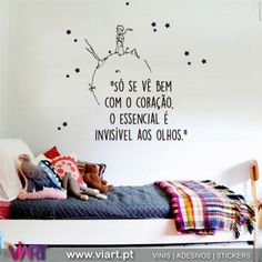 Geek Home Decor, Homer Decor, World Map Decor, Cute Bedroom Ideas, Wall Drawing, Lettering Tutorial, Teen Room Decor, The Little Prince, Light Painting