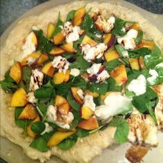 spinach, gorgonzola, peach  balsamic vinegar pizza -i used arugula and basil because i didn't have spinach.