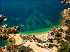 #Beach Praia do Castelo, Albufeira, Algarve, Portugal | via http://blog.turismodoalgarve.pt