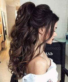 ponytail + long curls + brunette + long hairstyle / #hairstyles #beauty