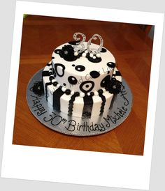 I love the boldness of this cake... chocolate mud cake