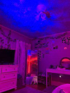 Indie Room Decor, Cute Bedroom Decor, Bedroom Decor For Teen Girls, Room Design Bedroom, Teen Room Decor, Room Ideas Bedroom, Bedroom Inspo, Dream Teen Bedrooms, Neon Bedroom