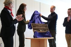 "The Crown in Canada on Twitter: ""This plaque marks the completion of the new #HaidaGwaii Hospital. #RoyalTourCanada #RoyalVisitCanada"