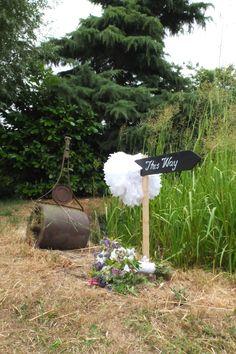 Br&newweddings / Bespoke Wedding Stationery / Wedding Signage / Marquee Wedding / Floral Wedding / Shabby Chic Wedding / www.brandnewweddings.co.uk