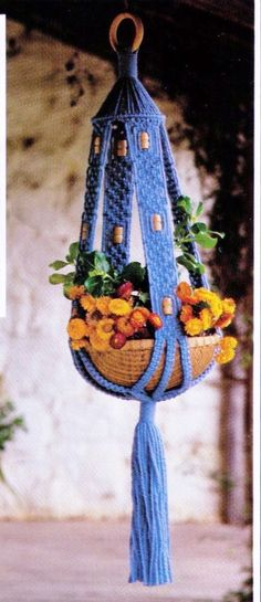 VINtAGE 1970's MaCRAME HaNGING POt PlanT por Crafting4Ever2013